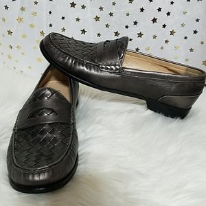 Cole Haan moccasin silver sz 10B